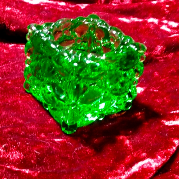 Vintage Kelly Green Glass